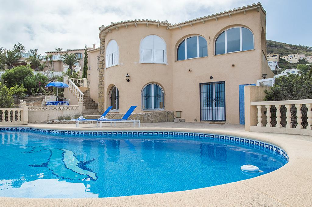 Adelfas 2 o 5, Beautiful and romantic villa  with private pool in Benitachell, on the Costa Blanca, Spain for 4 persons.....