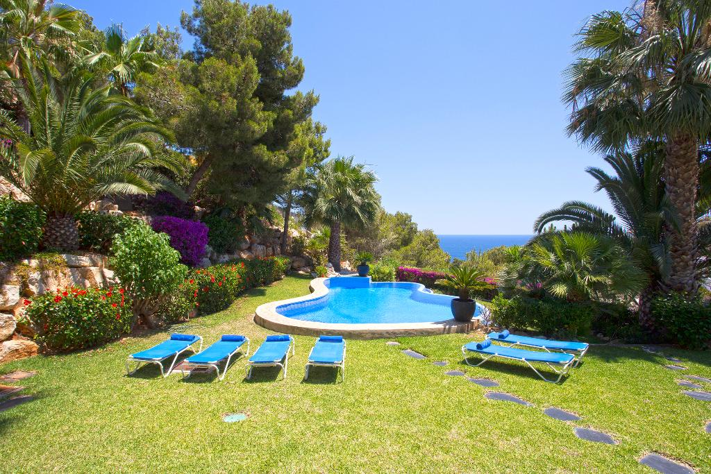 Casa Good 6 pax, Large and comfortable villa in Javea, on the Costa Blanca, Spain  with private pool for 6 persons.....