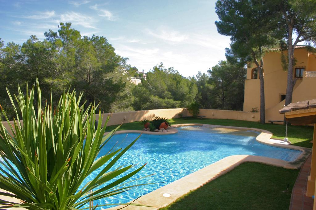 Bungalow Almendro, Modern and comfortable holiday home in Moraira, on the Costa Blanca, Spain for 6 persons...