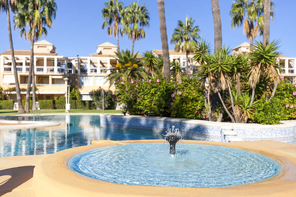 Las Delas, Classic and comfortable apartment  with communal pool in Denia, on the Costa Blanca, Spain for 6 persons...