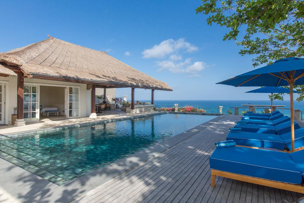 Karang Putih 5BR, Large and luxury villa  with private pool in Uluwatu, Bali, Indonesia for 10 persons...