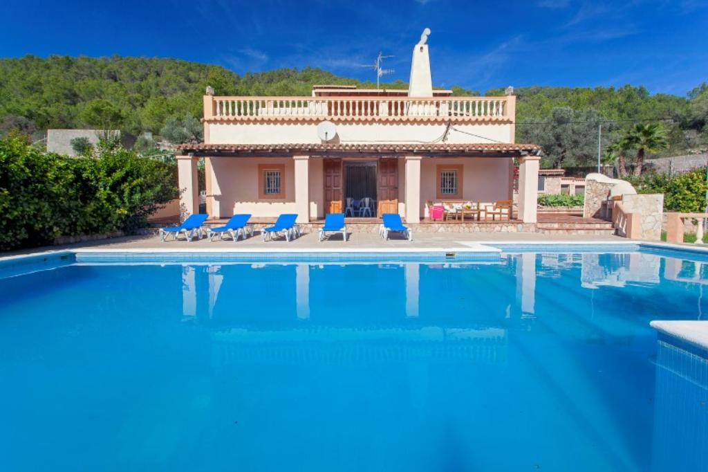 346, Large villa  with private pool in Buscatell, Ibiza, Spain for 8 persons...