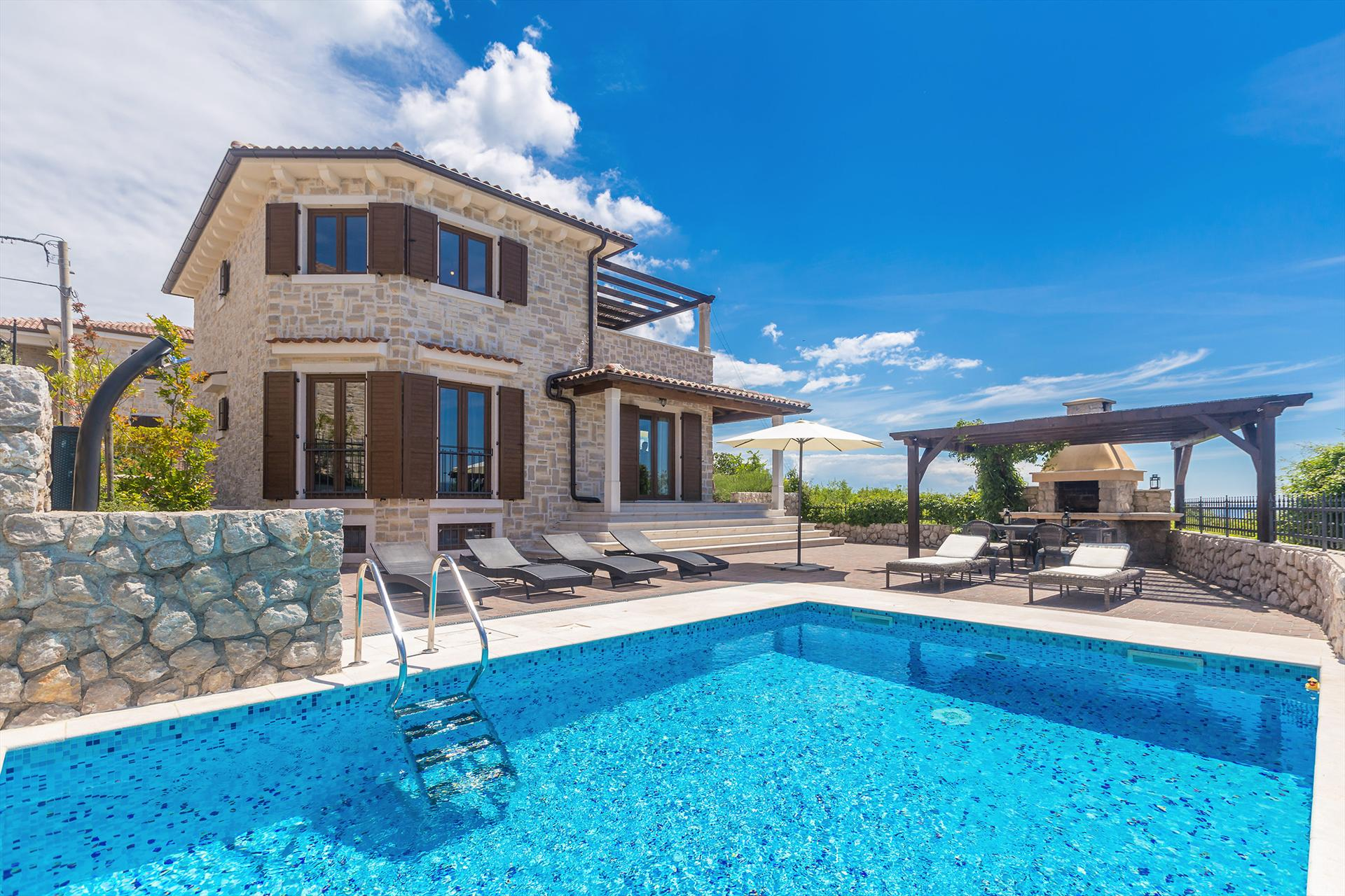 09601 wonderful luxury villa with pool, Wonderful and luxury villa in Linardici, Island Krk, Croatia  with private pool for 8 persons...
