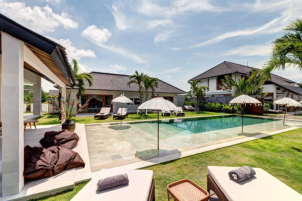 Iluh 4BR, Beautiful and luxury villa  with private pool in Seminyak, Bali, Indonesia for 8 persons...