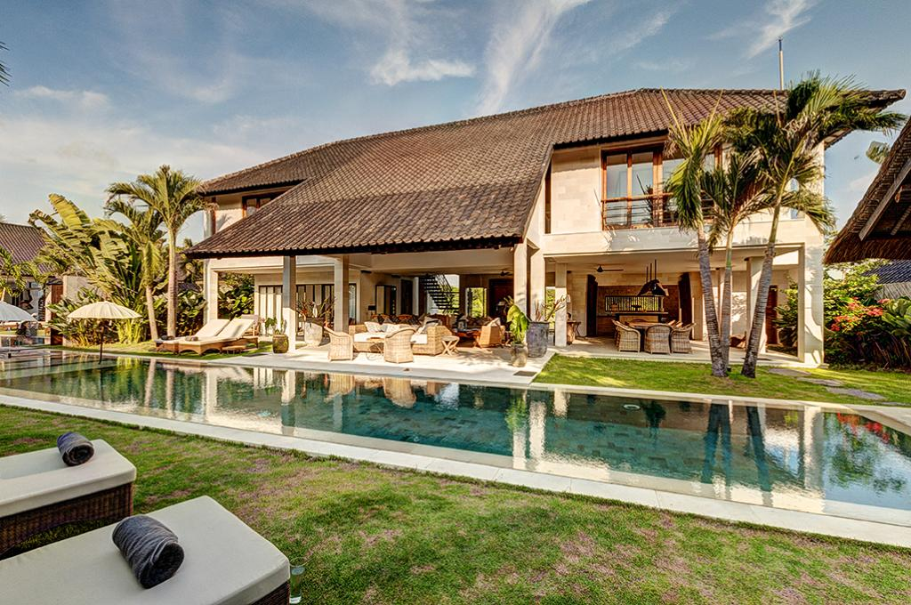 Kadek 4BR, Beautiful and luxury villa  with private pool in Seminyak, Bali, Indonesia for 8 persons...