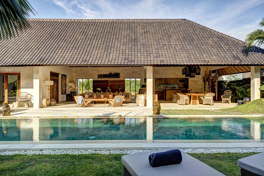 Nyoman 3BR, Beautiful and  luxury villa  with private pool in Seminyak, Bali, Indonesia for 6 persons...