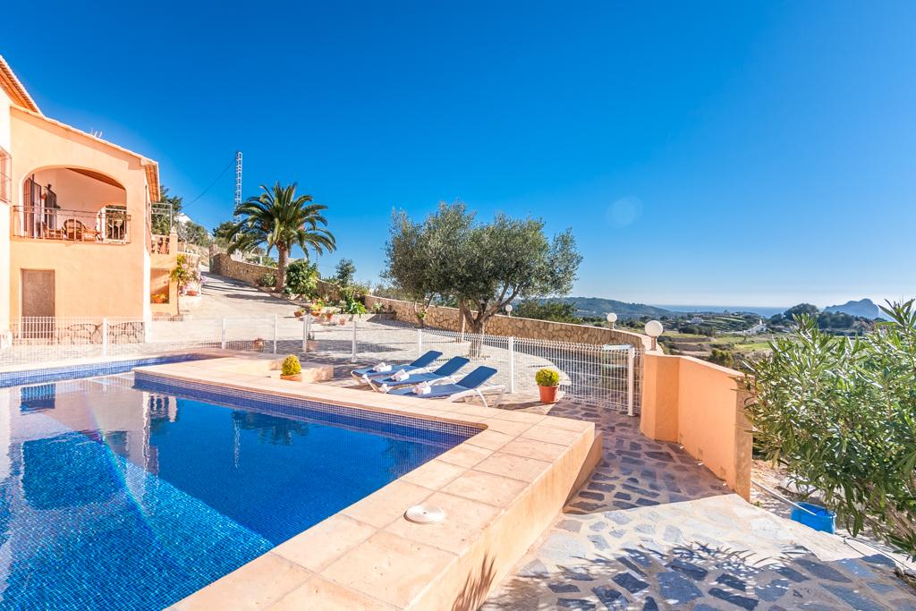 Sant Antoni 8, Rustic and nice villa  with private pool in Benissa, on the Costa Blanca, Spain for 8 persons.....