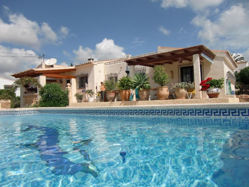 Maria,Villa in Calpe, on the Costa Blanca, Spain  with private pool for 4 persons.....