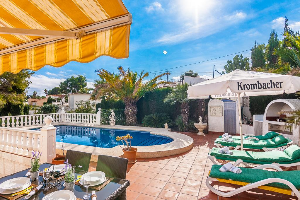 Los Blancos 4,Beautiful and cheerful villa  with private pool in Benissa, on the Costa Blanca, Spain for 4 persons...