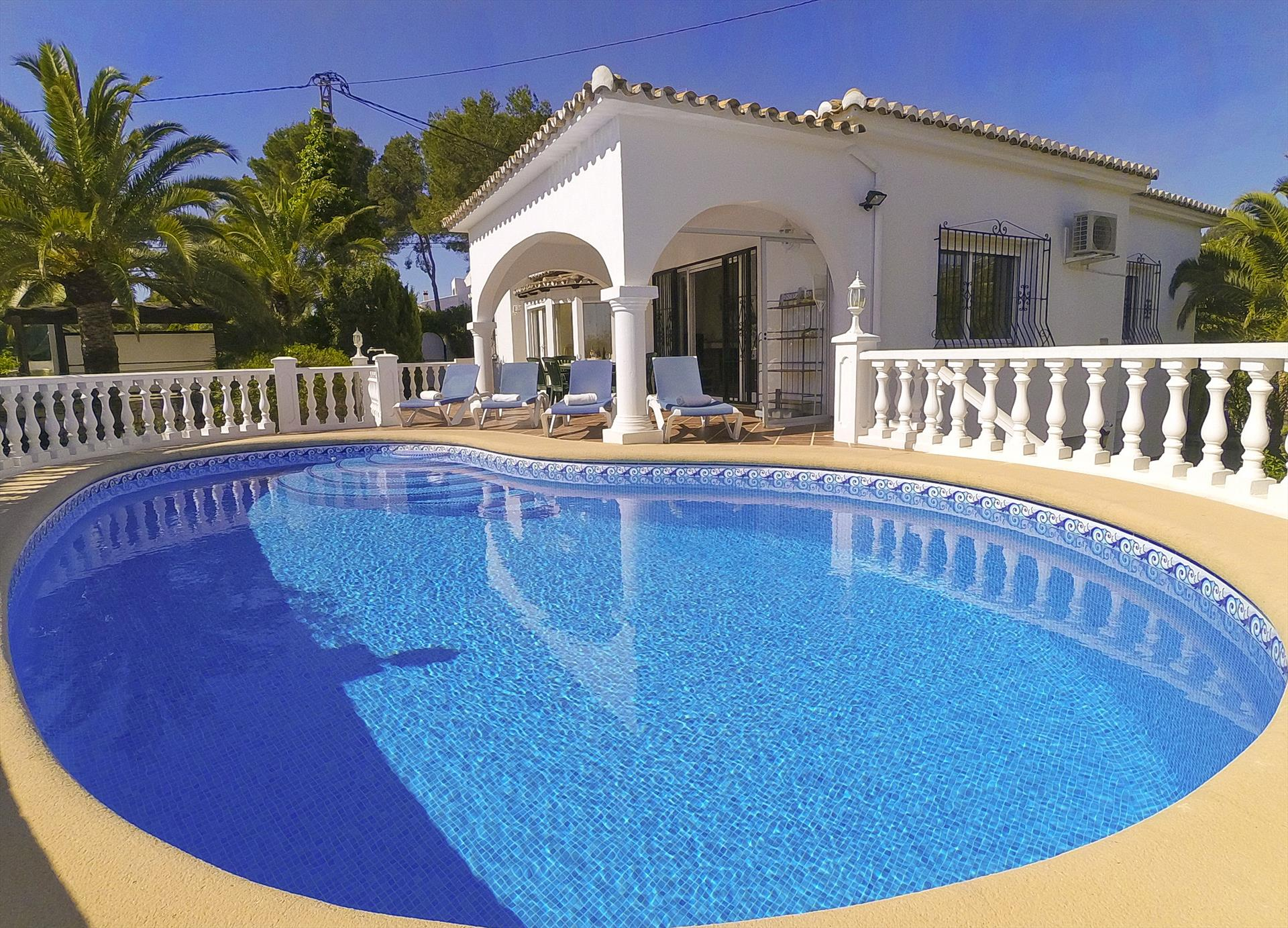 Verena, Modern and comfortable villa  with private pool in Benissa, on the Costa Blanca, Spain for 6 persons.....