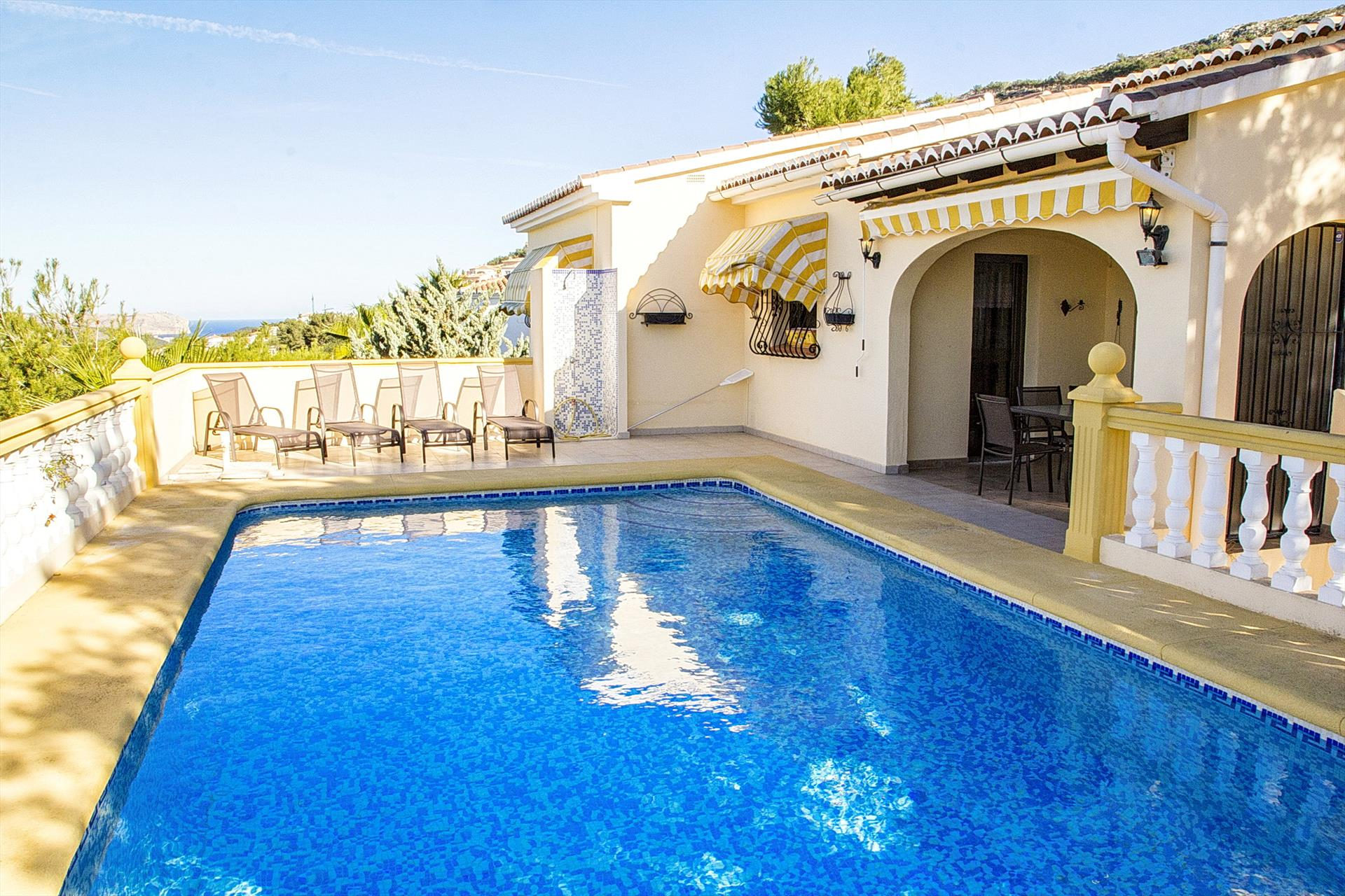 Lida, Wonderful and comfortable villa  with private pool in Benitachell, on the Costa Blanca, Spain for 6 persons.....