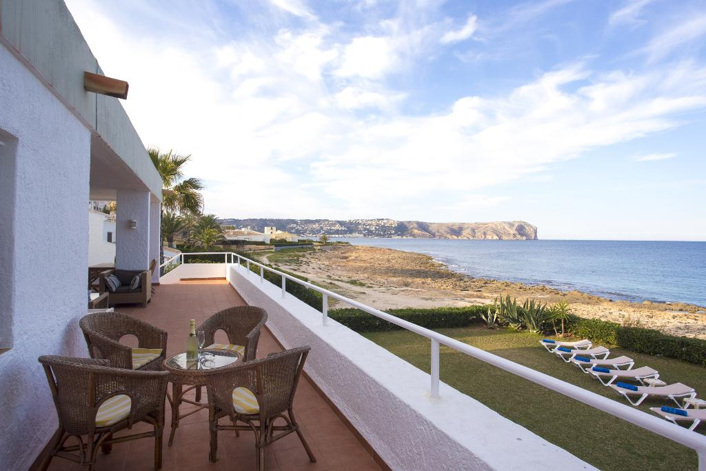 Dara Sol 8 pax,Rustic and classic villa in Javea, on the Costa Blanca, Spain for 8 persons...