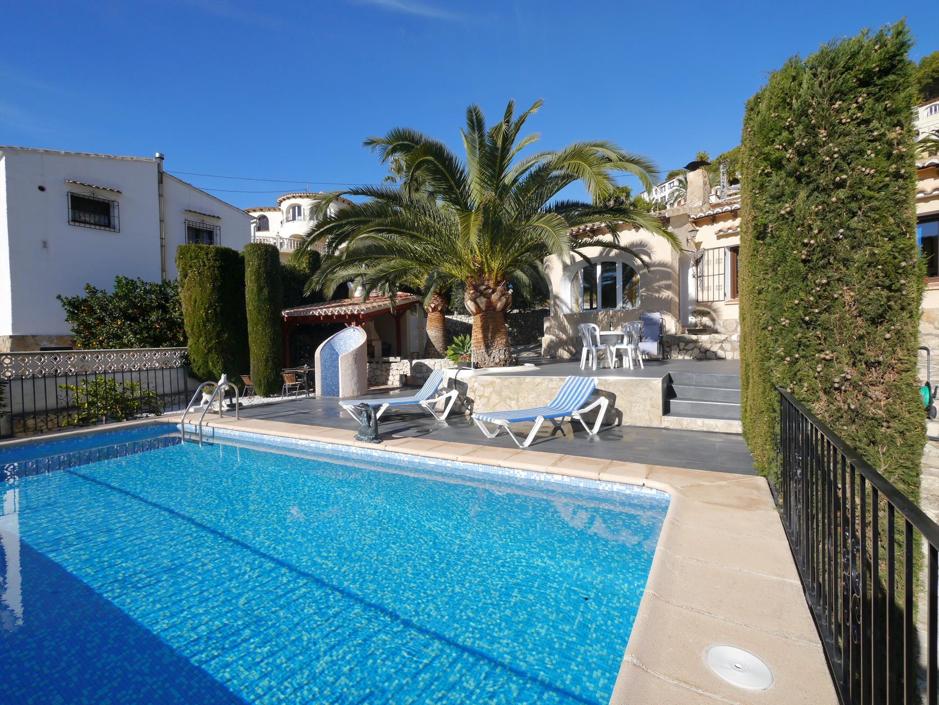 Eliana, Classic and comfortable villa in Benissa, on the Costa Blanca, Spain  with private pool for 4 persons.....