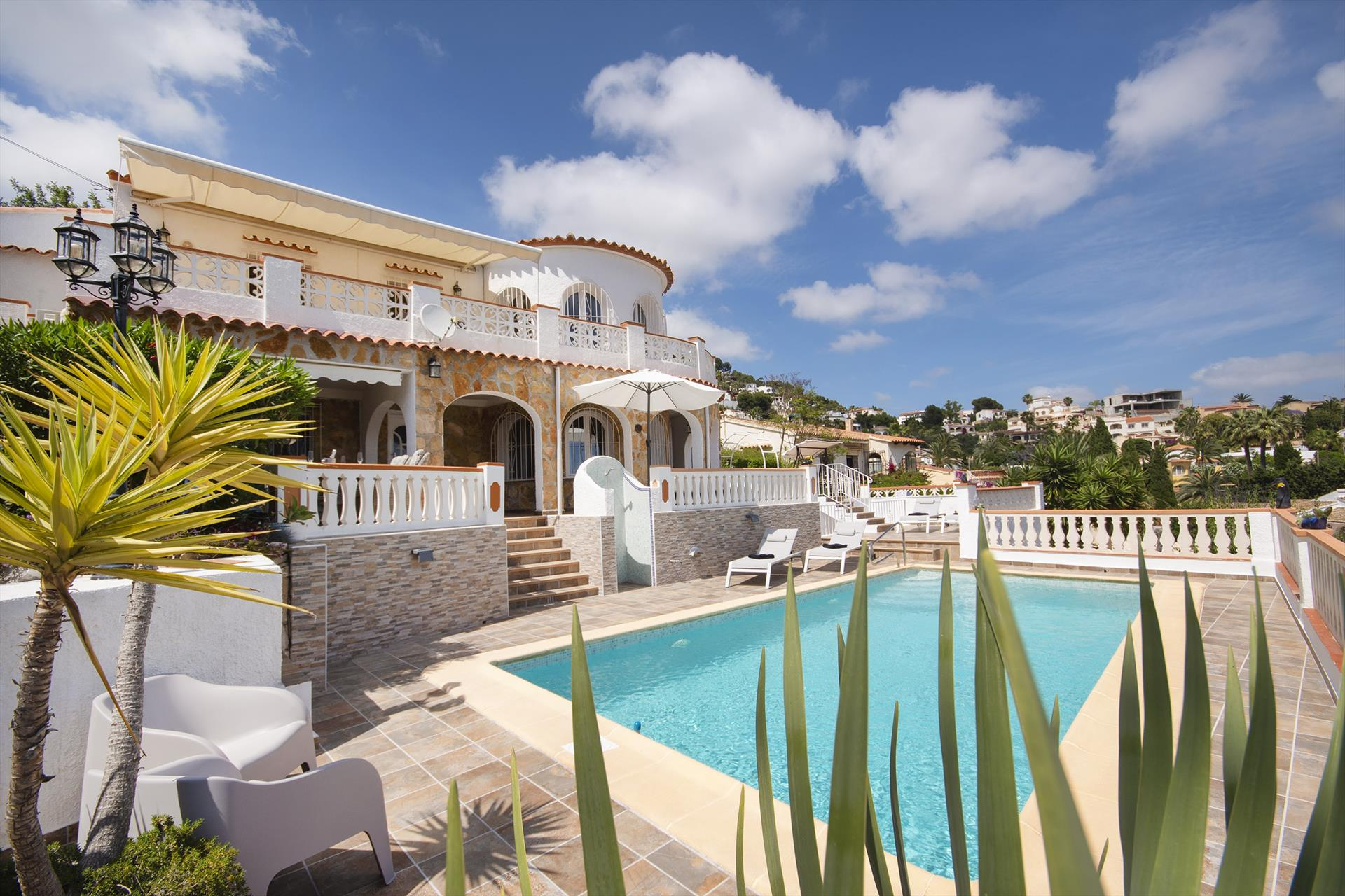 Mirador, Beautiful and cheerful villa  with private pool in Benissa, on the Costa Blanca, Spain for 4 persons.....