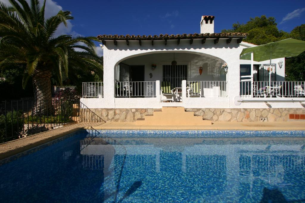 Anatol,Villa charmante et classique à Moraira, sur la Costa Blanca, Espagne  avec piscine privée pour 4 personnes...