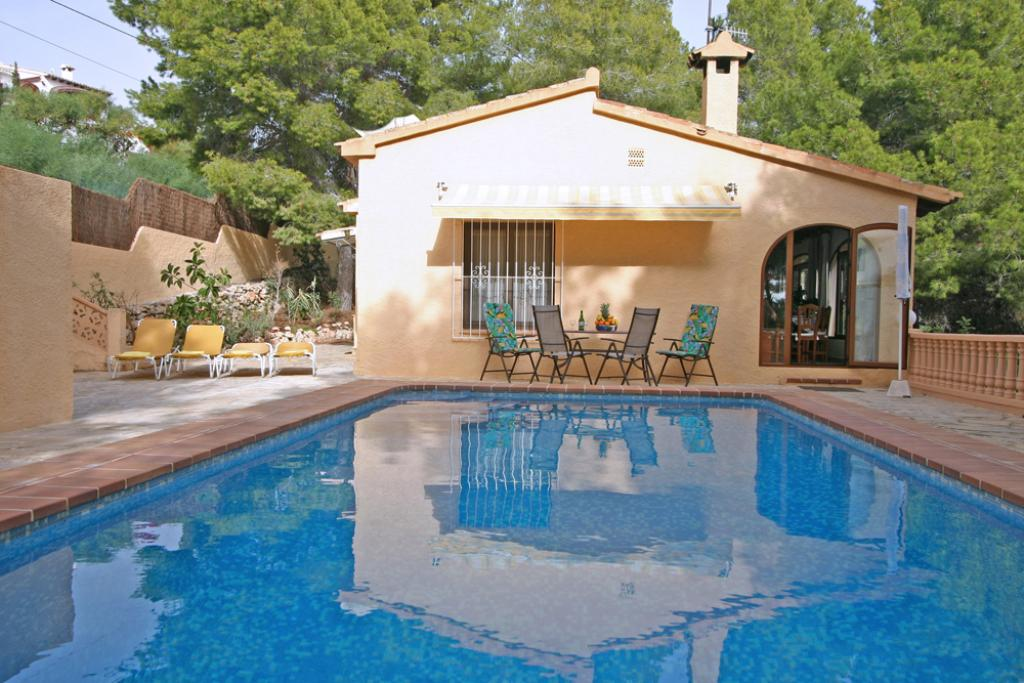 Aquisgran, Lovely and cheerful villa in Moraira, on the Costa Blanca, Spain  with private pool for 4 persons...