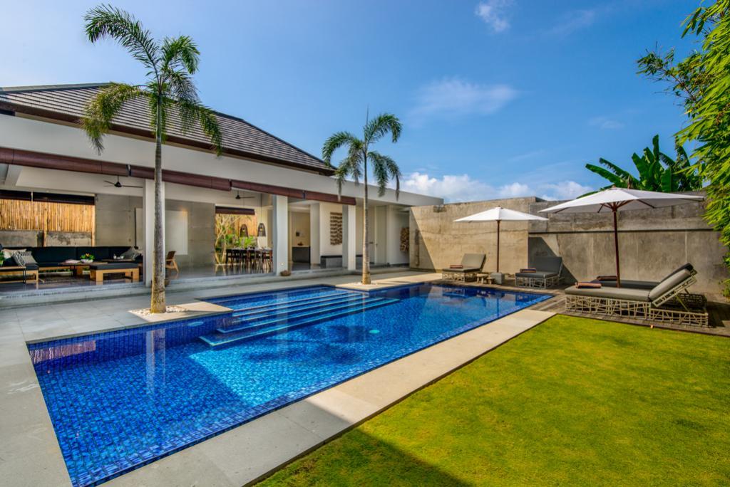 Waha,Villa grande y de lujo  con piscina privada en Canggu, Bali, Indonesia para 8 personas...