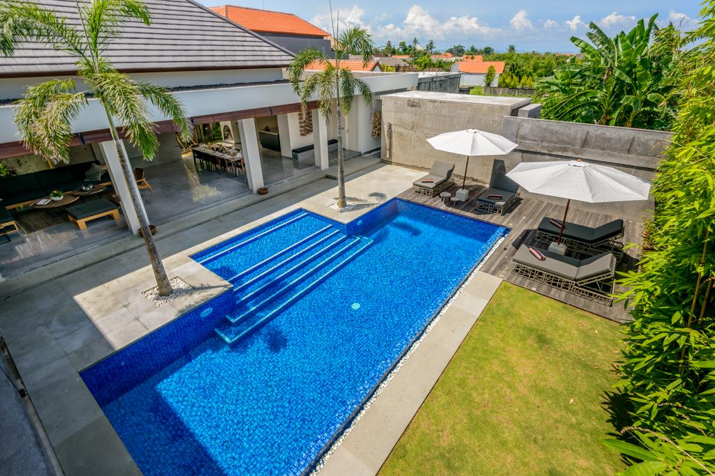 Waha 3BR, Large and luxury villa in Canggu, Bali, Indonesia  with private pool for 6 persons...
