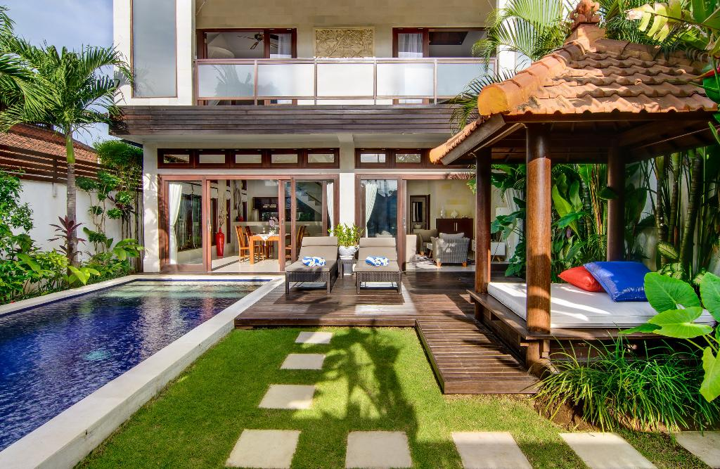 Istana Dua, Beautiful and  luxury villa  with private pool in Seminyak, Bali, Indonesia for 4 persons...