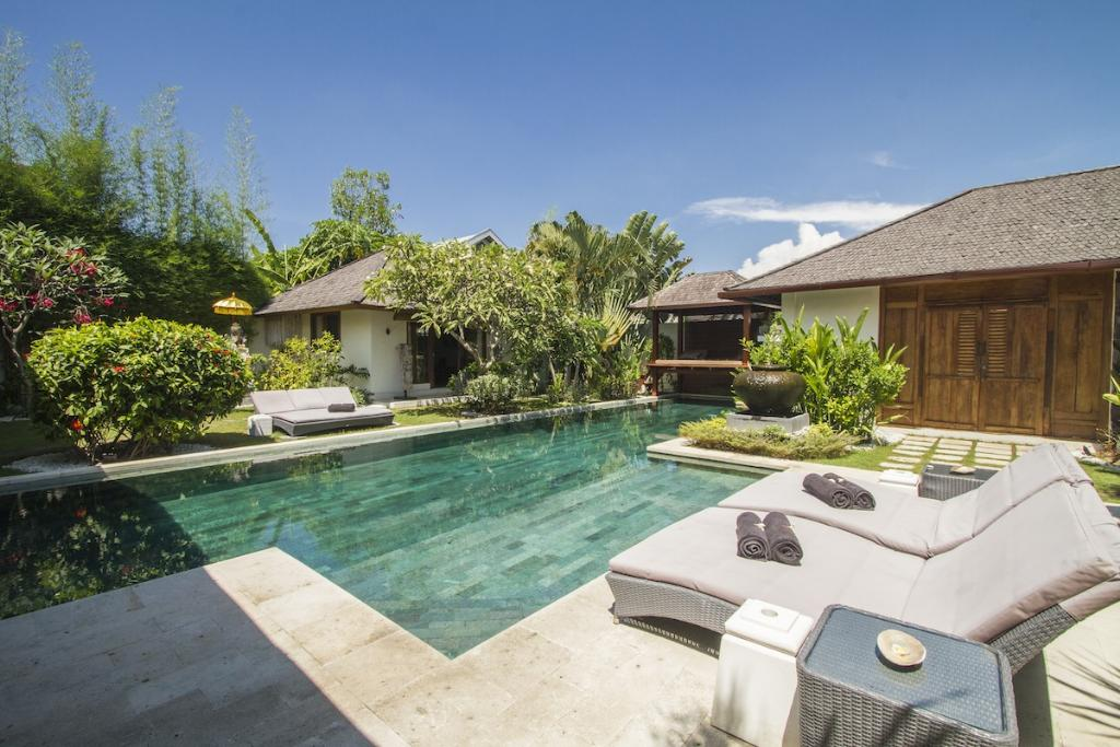 Hitu, Beautiful and luxury villa in Seminyak, Bali, Indonesia  with private pool for 10 persons...
