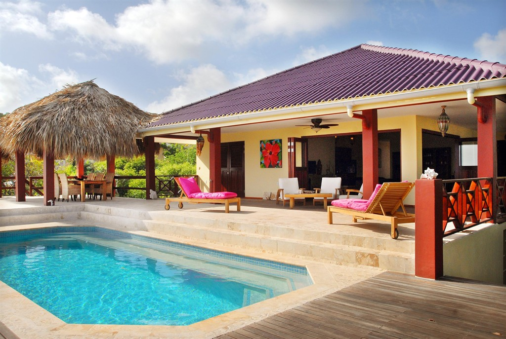 La vita è bella,Villa grande  con piscina privada en Kralendijk, Bonaire, Bonaire para 6 personas...