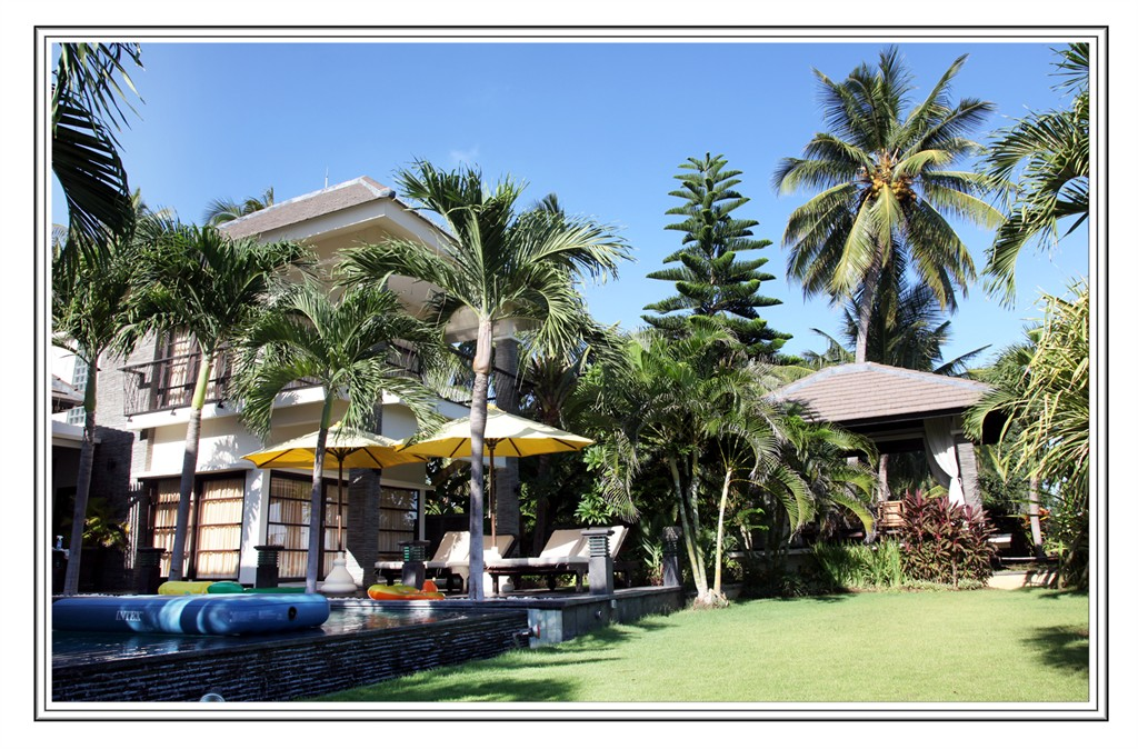 Dunia impian,Large villa in Singaraja, Bali, Indonesia  with private pool for 12 persons...