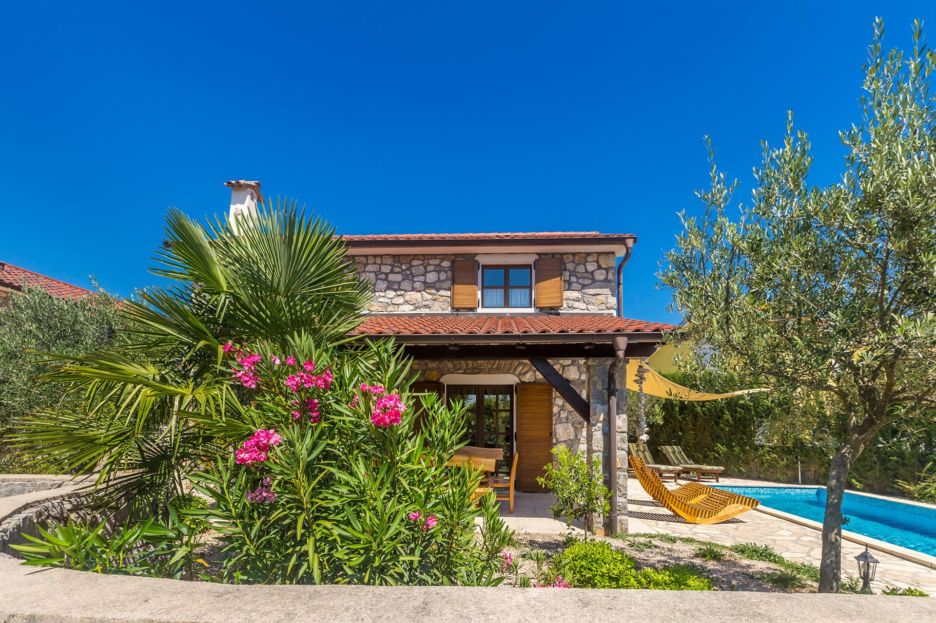 10601 Wunderschöne Luxus Villa mit Pool, Wonderful and luxury holiday home  with private pool in Dobrinj, Island Krk, Croatia for 8 persons...