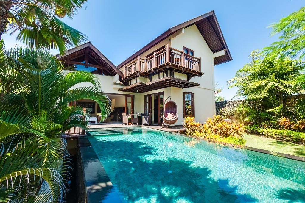 Karma gita, Beautiful and luxury villa  with private pool in Uluwatu, Bali, Indonesia for 6 persons...