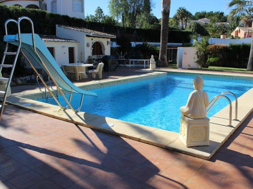 El Galeon, Large and comfortable villa  with private pool in Javea, on the Costa Blanca, Spain for 10 persons.....