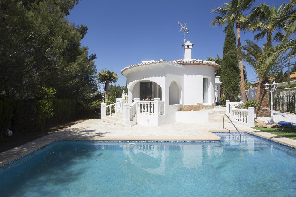 Casa Muchacha, Modern and romantic villa in Javea, on the Costa Blanca, Spain  with private pool for 6 persons.....