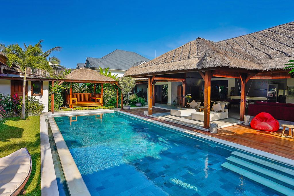 Bibi 4BR, Large and luxury villa in Seminyak, Bali, Indonesia  with private pool for 8 persons...