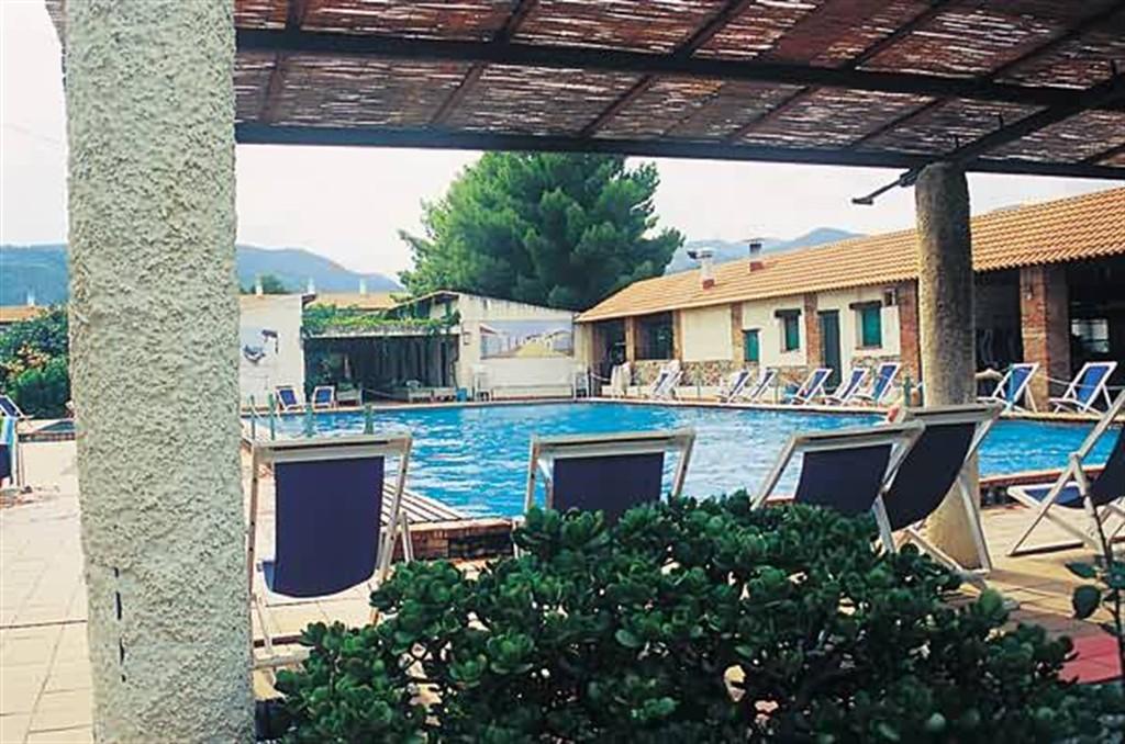 Casa tonnara,Апартамент  на 5 человек в Oliveri, Sicily, в Италии...