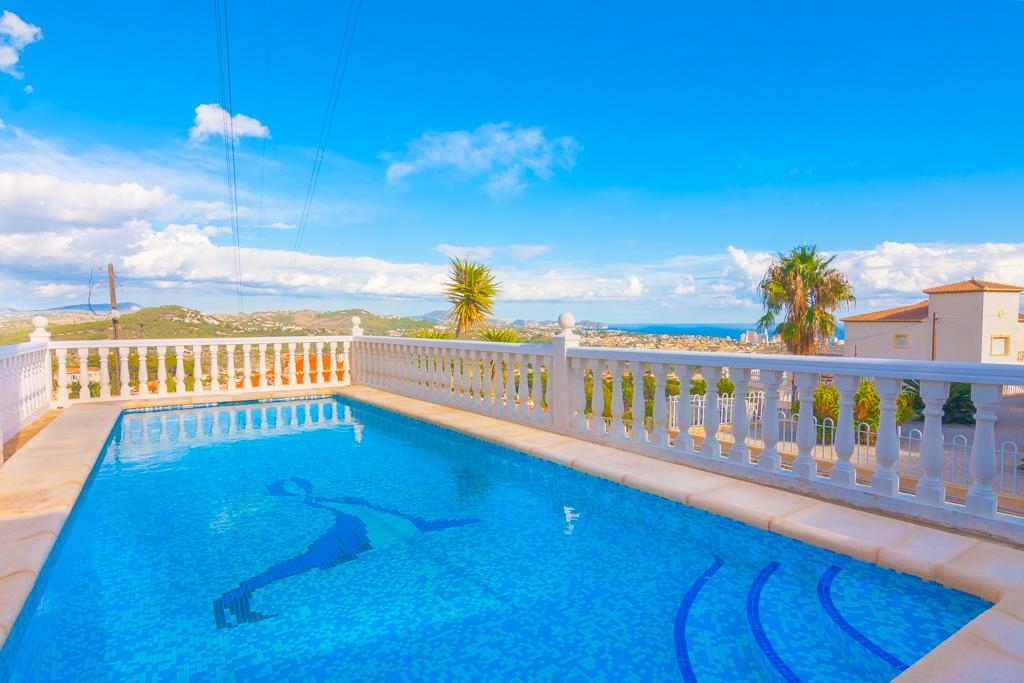 Cucarres 6, Large and comfortable villa in Calpe, on the Costa Blanca, Spain  with private pool for 6 persons...