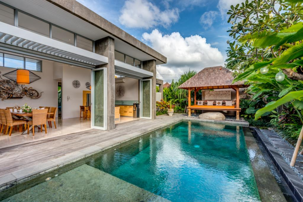 Aramanis indah 2br, Modern and luxury villa in Seminyak, Bali, Indonesia  with private pool for 4 persons...