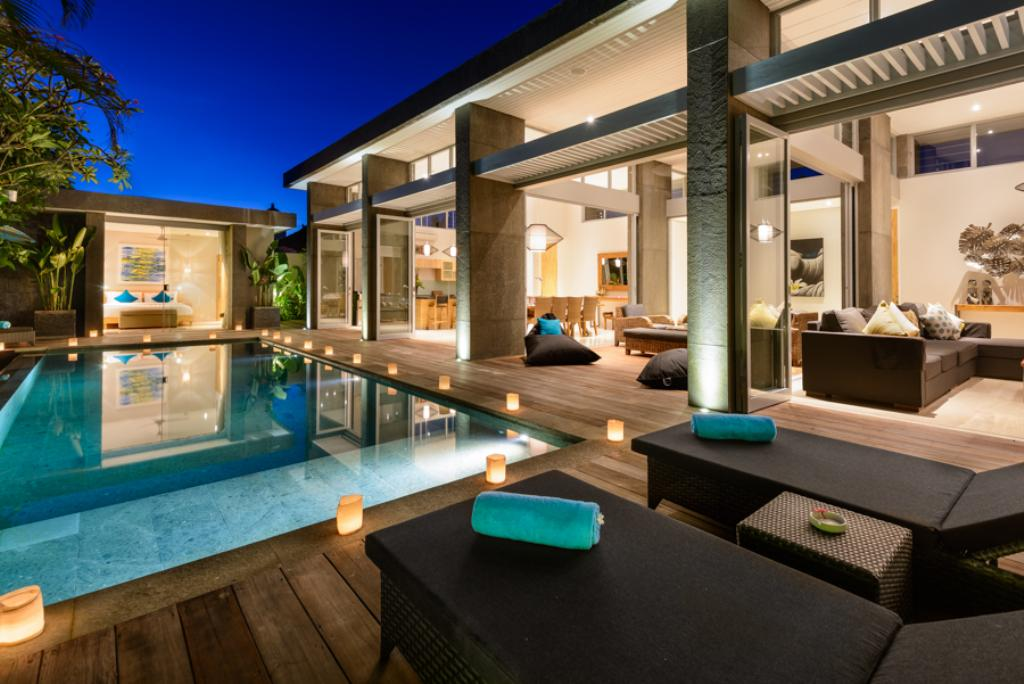 Aramanis manis 3br, Modern and luxury villa in Seminyak, Bali, Indonesia  with private pool for 6 persons...