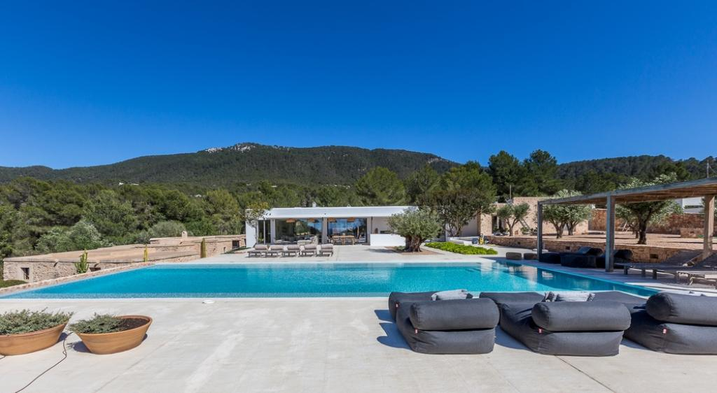945, Rustic and luxury villa in Cala Vadella, Ibiza, Spain  with private pool for 12 persons...