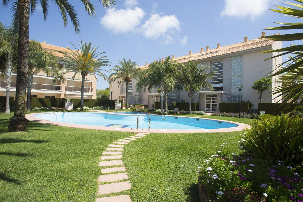 Golden Garden, Modern and comfortable apartment in Javea, on the Costa Blanca, Spain  with communal pool for 4 persons...