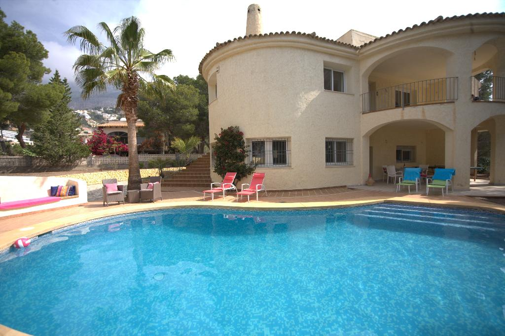 La Guatla, Lovely and nice villa  with private pool in Altea, on the Costa Blanca, Spain for 9 persons.....