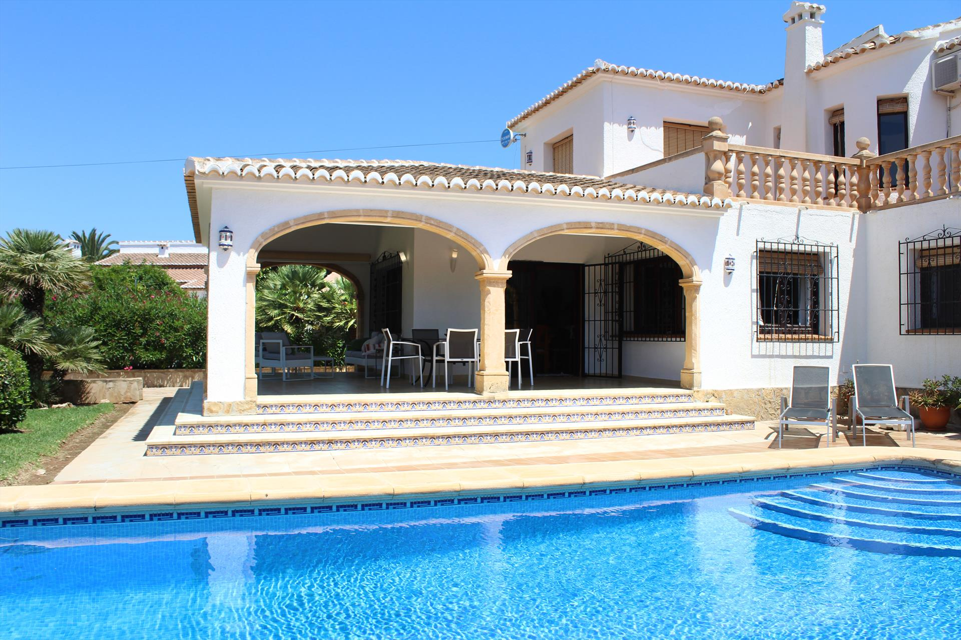 Villa Anna, Large and classic villa  with private pool in Javea, on the Costa Blanca, Spain for 6 persons.....