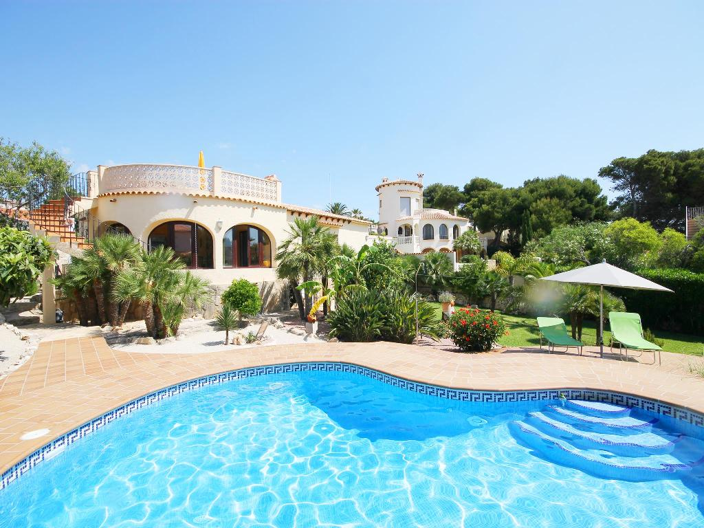 Calypso, Beautiful and cheerful villa  with private pool in Javea, on the Costa Blanca, Spain for 6 persons.....