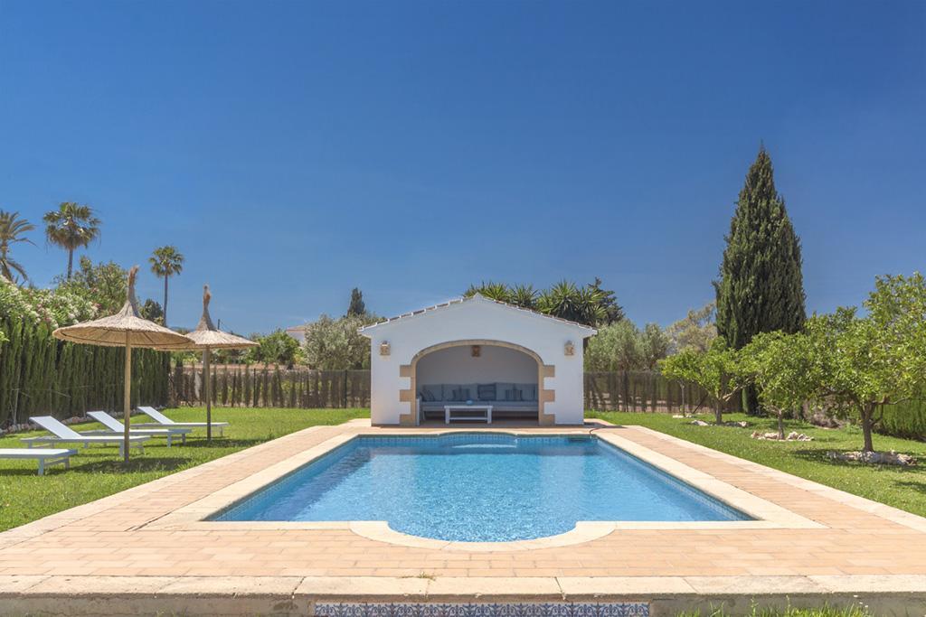 El descanso,Casa de vacaciones maravillosa y romántica en Javea, en la Costa Blanca, España  con piscina privada para 8 personas...