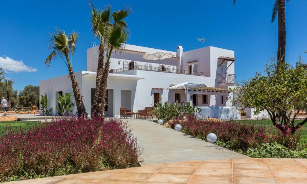 953, Villa  with private pool in Santa Eulalia, Ibiza, Spain for 12 persons...