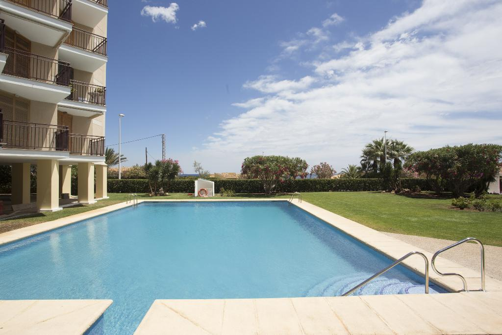 Estudio Cofitsa, Classic studio in Javea, on the Costa Blanca, Spain  with communal pool for 2 persons...