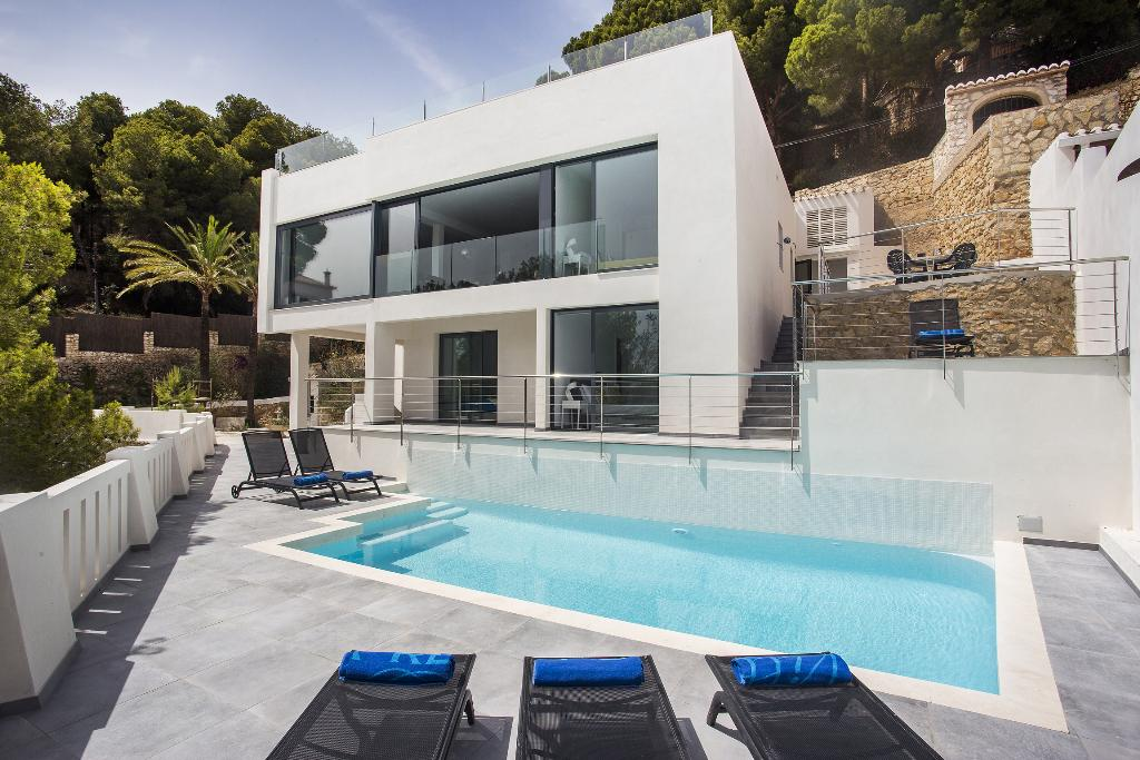 El Escondite, Modern and comfortable villa  with private pool in Javea, on the Costa Blanca, Spain for 8 persons...