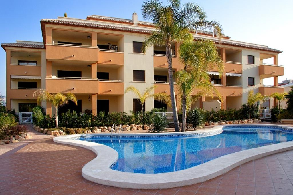 Arenal  cannes, Beautiful and comfortable apartment in Javea, on the Costa Blanca, Spain  with communal pool for 4 persons...