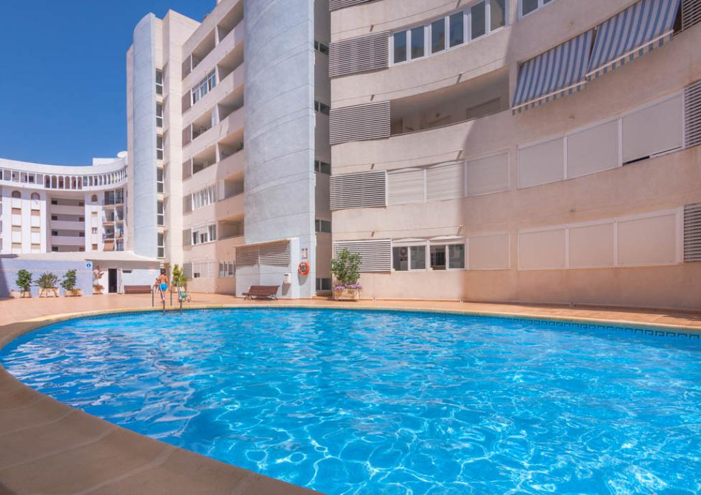 Baltico 4, Beautiful and classic apartment  with communal pool in Calpe, on the Costa Blanca, Spain for 4 persons...