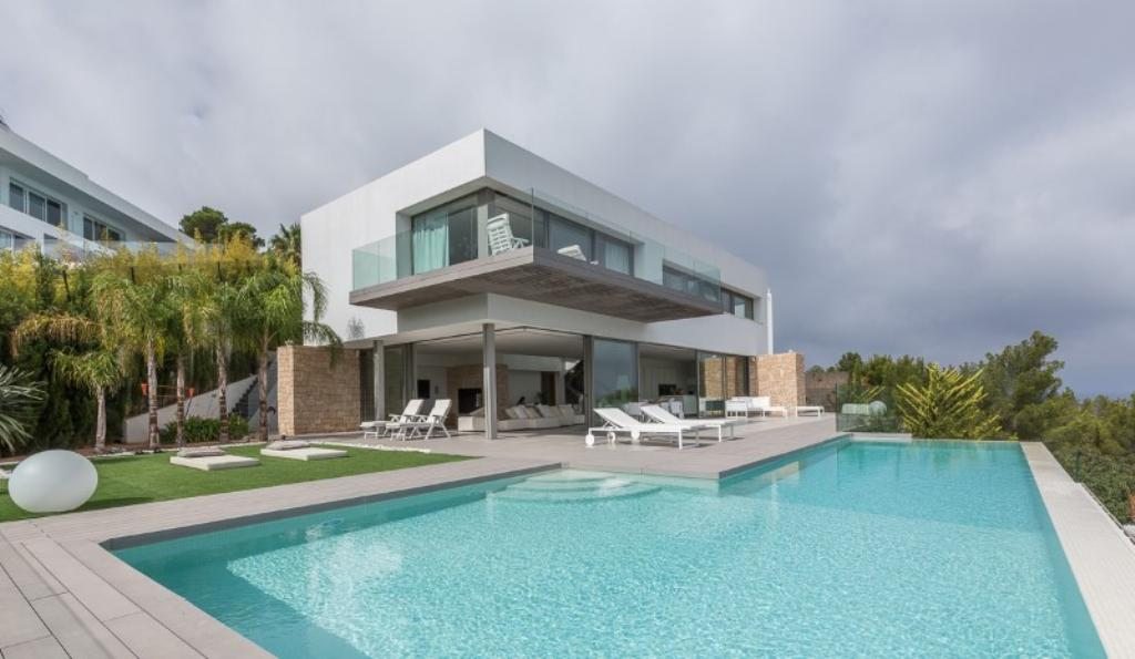 848,Large and comfortable villa  with private pool in Cala Moli, Ibiza, Spain for 10 persons...