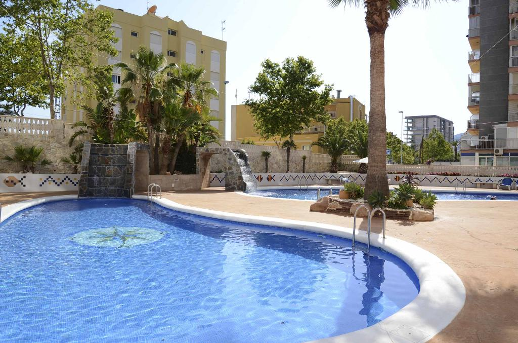 Apartamento Turquesa Beach 36D, Apartment  with communal pool in Calpe, on the Costa Blanca, Spain for 6 persons.....