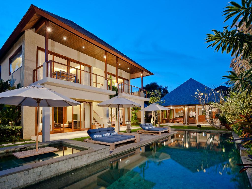 Joss 3br, Beautiful and luxury villa  with private pool in Seminyak, Bali, Indonesia for 6 persons...