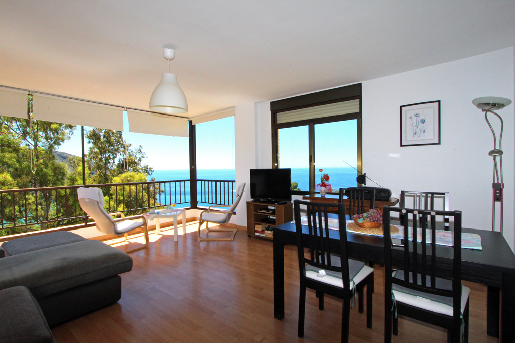 Apartamento Vista Mar LT, Modern and cheerful apartment in Moraira, on the Costa Blanca, Spain for 4 persons.....